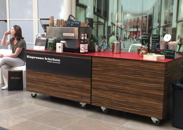 De koffiebar van espresso kitchen actie winkelcentrum Breda
